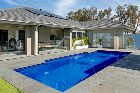 Composite Pool Solutions - Compass Pools Vivid Colours - Royal Blue