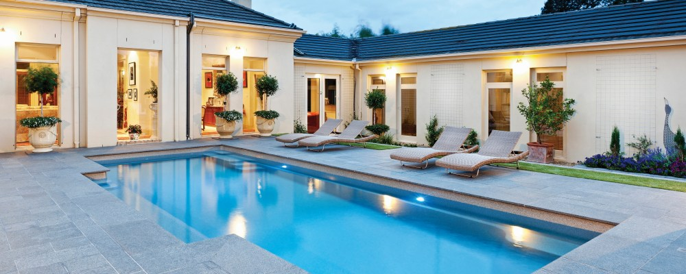 Pot plance used in swimming pool landscaping